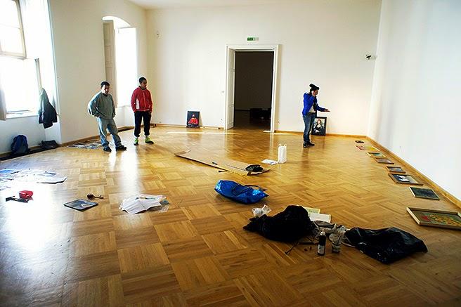 10- social-parasite-painting-roma-brno--spoleczne-malarstwo-pasozytnicze---exhibition-dum-panu-z-kunstatu-a1