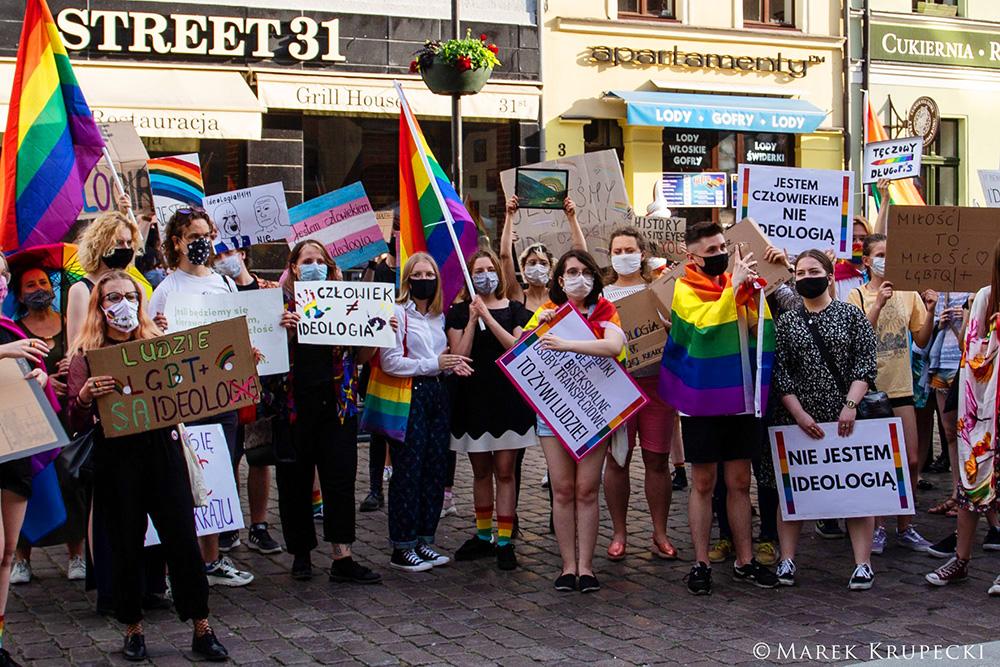 I'm not an ideology ! Nie jestem ideologią ! #LGBTtoLudzie, Toruń, 17.06.2020