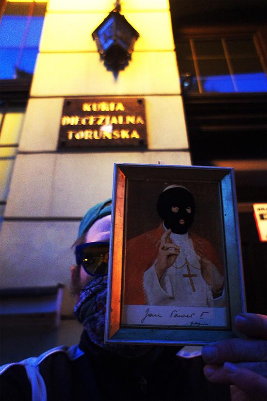 Dość zabawy w chowanego! pod Toruńską Kurią Diecezjalną, Toruń 18.05.2020, fot. archiwum prywatne