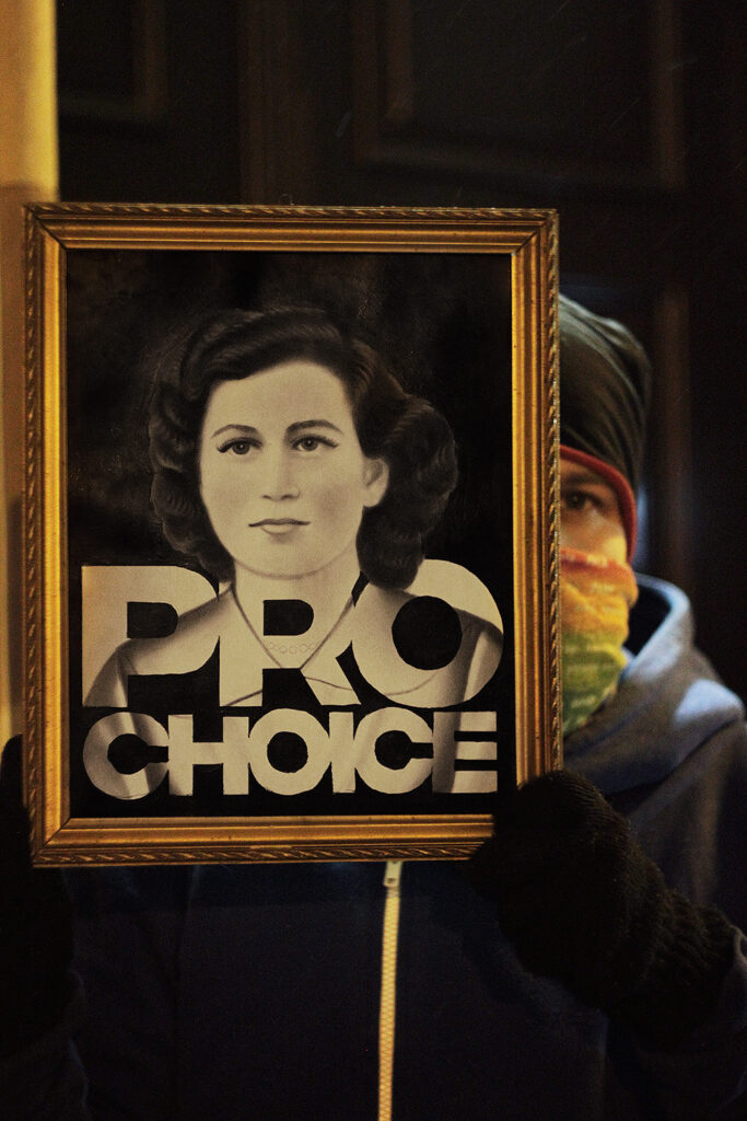 pasozyt-parasite--strike-paintings-obrazy-strajkujace--aborcja-bez-granic-prochoice-2021--fot-archiwum-prywatne